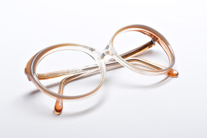 Vintage 80's glasses with butterfly shape, mocha color pallet.