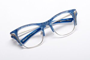 Better tall and square glasses by Jee Vice. Blue Dream color and nose pads.