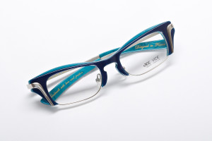 Jeevice-Smarter-Two-Tone-Blue-Glasses-3