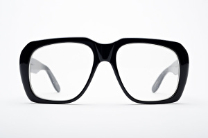 Big glasses with thick temples in black. Chateau by Kala.